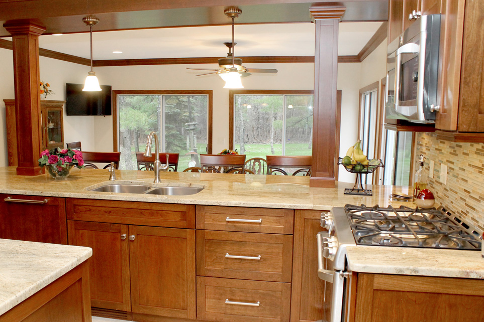 Choosing Kitchen Cabinet Knobs and Pulls